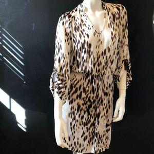 Beautiful Leopard Print Dress - slit sleeves -